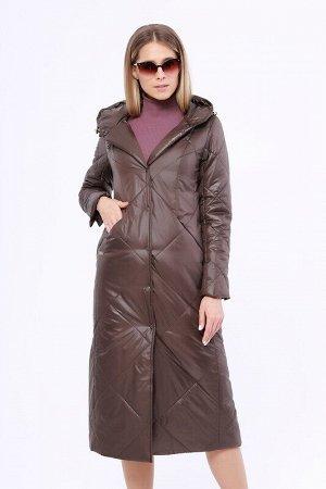 Пальто Описание: Утепленное длинное стёганое пальто на раннюю весну. Застежка на кнопки. Прорезные карманы на молнии. Капюшон не отстегивается. Цвет: Коричневый.  Состав: Полиэстер 100