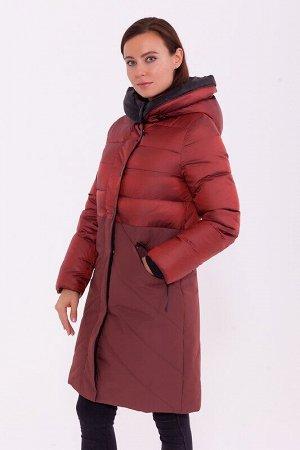 Пальто Описание: Стеганое зимнее пальто в спортивном стиле . В этой модели сочетаются три ткани- шелковистый жаккард, плотная ткань с мембраной, и внутри – отделка контрастного цвета. Застежка на деко