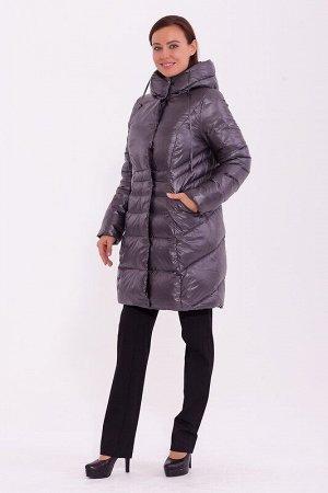 Пальто Описание: Стильное зимнее пальто длиной выше колена. Подчеркивающий талию силуэт. Скрытая молния и потайные кнопки. Свобода стиля и свобода кроя, комфорт и непринужденность. Наклонные карманы п