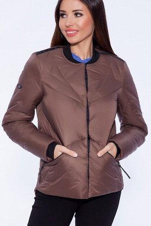 Куртка Описание: Стильная утеплённая куртка в спортивном стиле с трикотажным воротом и манжетами. Застежка на потайных кнопках украшена оригинальной декоративной тесьмой. Удлиненная спинка изделия под