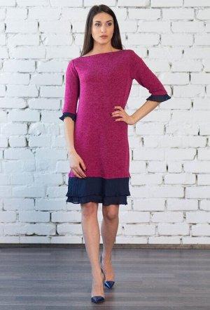 """Платье Описание: полуприлегающего силуэта  -вырез горловины """"лодочка""""  -втачной 3/4 рукав, отделка плиссе  -длина до колена  -отделка плиссе в два яруса по низу изделия. Цвет: фуксия.  Состав: 15% анг"""