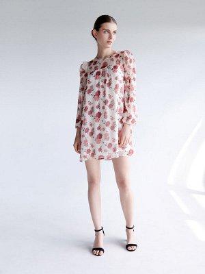 Воздушное платье с цветастым узором