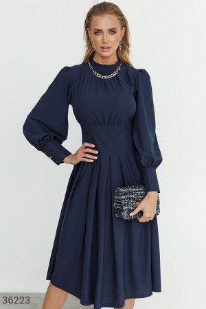 Романтичное платье синего цвета