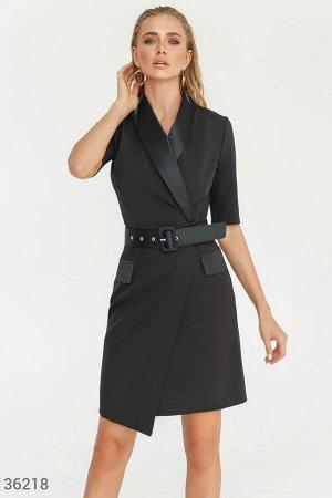 Приталенное платье-жакет с атласными лацканами