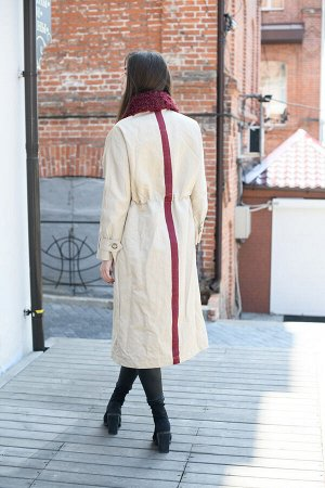 Пальто цвет beige