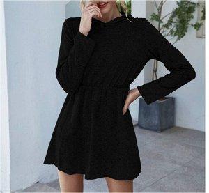 Платье осенне-зимнее с капюшоном