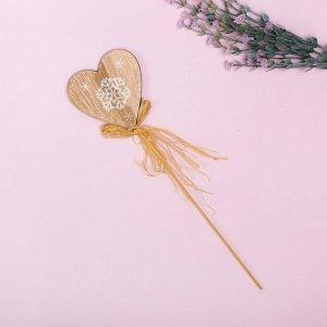 Декор на палочке «Снежное сердце»