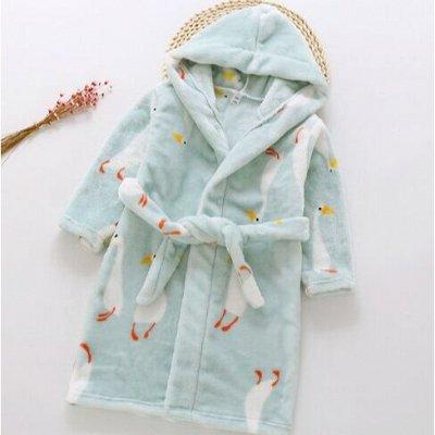 Тапочки и домашняя одежда. Шикарные комплекты для дома и сна — Детские халаты — Одежда для дома