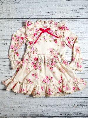 Платье Платье молочно-белого цвета с цветочным принтом. Удобный и в то же время нардяный фасон. Это платье из муслиновой ткани (100% хлопок). Ткань обладает отличной гигроскопичностью, лек