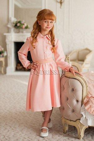 Платье Платье-рубашка из искусственного крепдешина с пышной, за счет подъюбника, юбкой - полусолнце и поясом, который завязывается сзади на бант. *** На фотографии девочка рост около 130см, платье ра