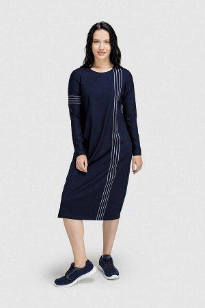 Платье Платье прямого кроя с округлым вырезом горловины, с карманами. Декорировано рисунком. Состав 95% вискоза, 5% эластан