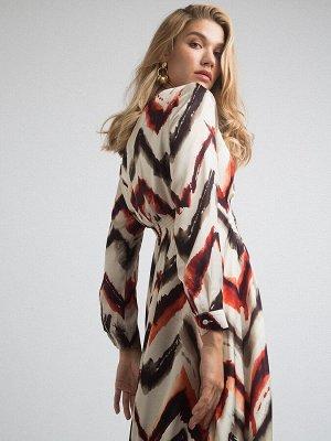 Платье Состав ткани: 77% Полиэстер; 20% Вискоза; 3% Эластан Длина: 123 См. Описание модели Летящее платье с ярким абстрактным принтом для особенных случаев. Приталенный силуэт благодаря резинке сзади.