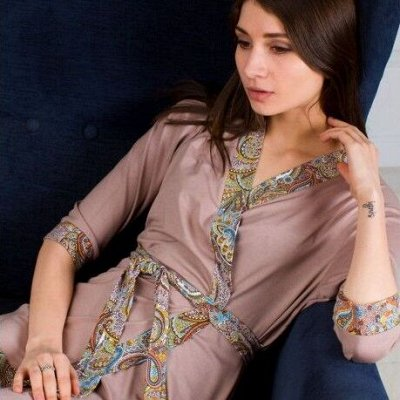 Домашняя одежда, халаты, пижамы. Мужской и женский трикотаж — Женские халаты из вискозы