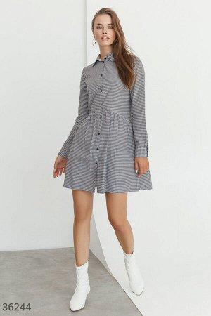 Клетчатое платье в рубашечном стиле
