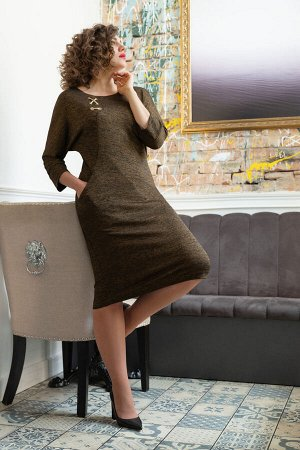 Платье Платье Avanti Erika 886-11  Состав: Вискоза-85%; ПЭ-11%; Эластан-4%; Сезон: Осень-Зима Рост: 164  Трикотажное платье полуприлегающего силуэта. Трикотаж мягкий, хорошо тянется, подойдет как для