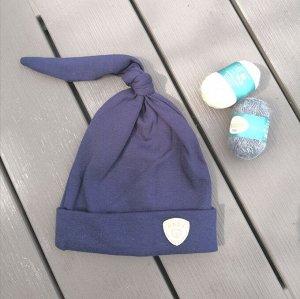 Шапка детская с узелком синяя