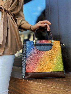 Женская кожаная сумка, в наличии.