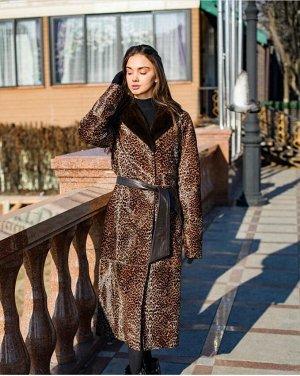 Пальто из меха пони с леопардовым принтом