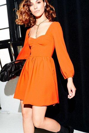Стильное платье от AIRIN