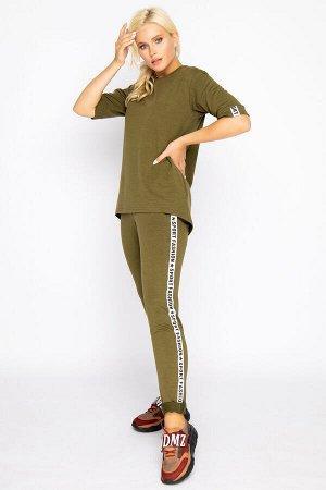 Костюм марка Элиза (Новосибирск)  Ткань: двунитка (вискоза 95%, эластан 5% ) Гламурный костюм в стиле casual. Удобный и практичный вариант на каждый день. (Длина брюк 103 см во всех размерах) (Длина б