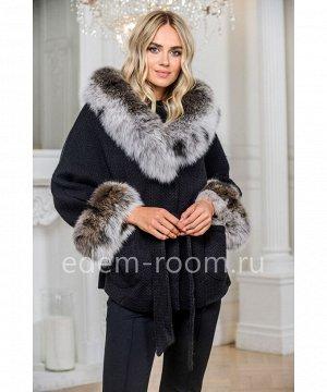 Пальто из вязаной шерсти с мехом песцаАртикул: 324-2-70-CH-P