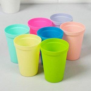 """Набор пластиковых стаканчиков """"Киса выбирает вечеринку"""", 7 шт"""