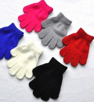 Перчатки На возраст 3-5лет черный-26шт в наличии серый -20шт в наличии