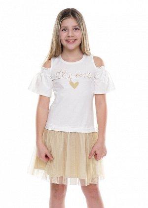 Платье Состав: 92% Хлопок, 8% Эластан.  Цвет: молочный.   Подробнее: Нарядное платье выполнено в сочетании полотен хлопка с лайкрой и юбки из сетки с блеском. Рукав колокос с открытым плечом и сборкой