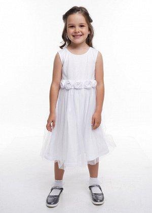 Платье Состав: 100% ПА;  Цвет: белый;   Нарядное платье с пышной многослойной юбкой из сетки. Отделано декоративным поясом из атласа с крупными цветами впереди.