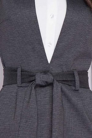 Сарафан Сарафан из плотного хорошо держащего форму трикотажа в мелкую клеточку ,отрезной по линии талии,юбка с разрезом по центру, в боковых швах карманы, пояс в комплекте.  Состав: 50% вискоза,45% п/