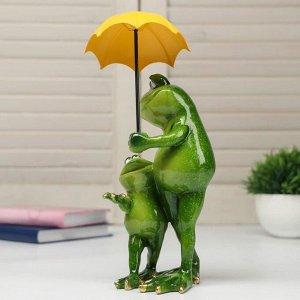 """Сувенир полистоун лак """"Лягуха с сыном под зонтом"""" 22,5х9х11 см"""