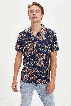 рубашка Размеры модели: рост: 1,89 грудь: 98 талия: 76 бедра: 96 Надет размер: L  Вискоз 100%