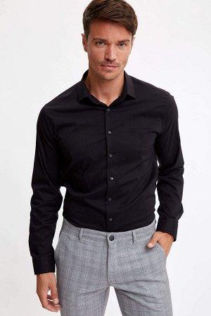 рубашка Размеры модели: рост: 1,89 грудь: 100 талия: 81 бедра: 97 Надет размер: L  Хлопок 70%,Elastan 5%,Naylon 25%