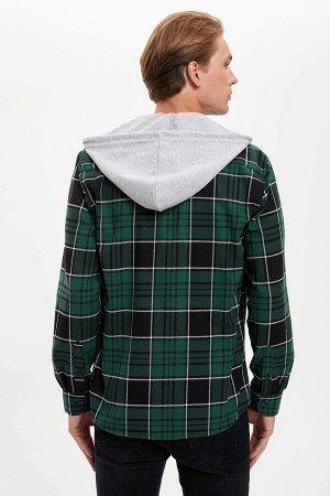 рубашка Размеры модели: рост: 1,89 грудь: 98 талия: 76 бедра: 96 Надет размер: M  Хлопок 50%, Полиэстер 50%
