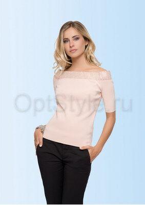 Очаровательная блузка с открытыми плечами