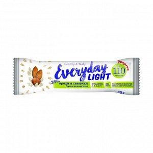 Батончик-мюсли орехи и семечки, 110 ккал, everyday light, 30г