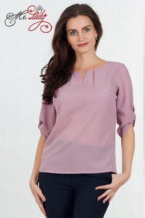Блузка Блуза выполнена из легкого шелка, дополнена фурнитурой на горловине. Блуза свободного покроя, поэтому может быть больше на пол-размера от указанного. Состав: Полиэстер 60% вискоза 35% эластан 5