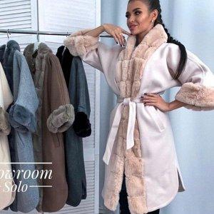 Пальто Воротник и манжеты - мех кролика. Пальто женское – яркий представитель демисезонной верхней одежды. Несмотря на «любовь» к утепленным плащам и курткам, купить пальто женское все же имеет смысл,