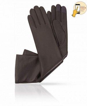 Перчатки Верх: Натуральная кожа ягненка Подкладка: Натуральный шелк Бренд: MICHEL KATAN? Производство: Венгрия Цвет: темный хаки  Длинные перчатки - незаменимый элемент гардероба для женщины, ко