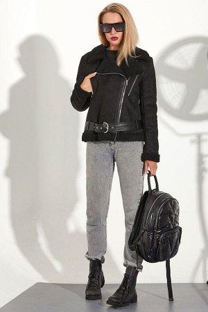 Куртка Куртка Golden Valley 7106  Состав ткани: ПЭ-100%;  Рост: 170 см.  Куртка с асимметричной застежкой на молнию. По переду отрезная кокетка, два прорезных кармана с застежкой на молнию.Спинка с о