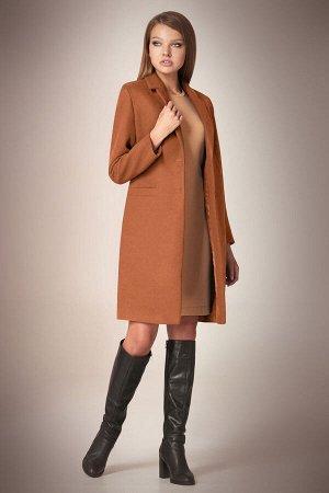 Пальто Пальто Andrea Fashion AF-56 карамель  Состав ткани:Пальто: ПЭ-90%; Спандекс-2%; Шерсть-8%; Подкладка: ПЭ-100%;  Рост: 170 см.  Пальто классическое, приталенное, длиной чуть выше колена, с прор