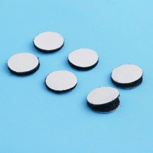 Липучка на клеевой основе «Круг», набор 55 шт., размер 1 шт: 1,5 см, цвет чёрный