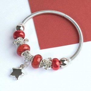 """Браслет ассорти """"Марджери"""" звезда, цвет красный в серебре, d=6,5 см"""