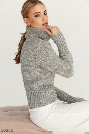 Базовый свитер с высоким воротом