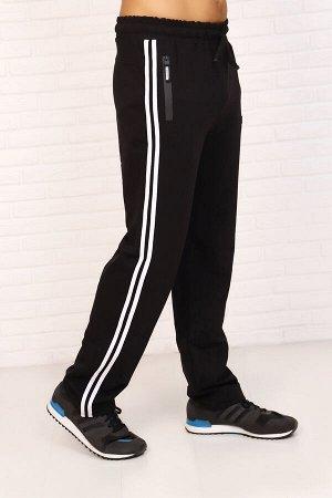 Брюки 4924 хлопок 74%, п/э 20%, лайкра 6% Мужские брюки с кокеткой прямые с двумя лампасами по боковому шву, карманы на молнии, возле кармана эмблема. Низ брюк обработан под загиб. Пояс из основной тк