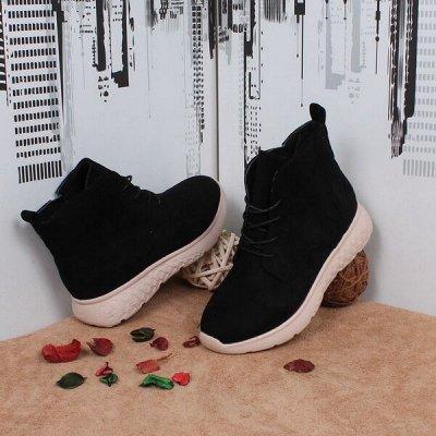 Спортивная и повседневная обувь из эко-кожи и текстиля — Обувь женская