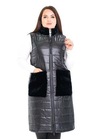 Жилет-2796 Материал: Болоньевая ткань;   Фасон: Жилет; Длина рукава: Без рукава Жилет с меховыми карманами черный Стеганый жилет, утепленный синтепоном, согреет в холодную погоду. Модель прямого кроя,