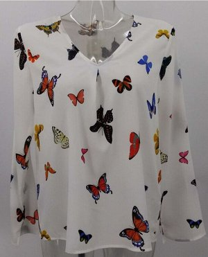 Блуза Легкая, воздушная блузка с красивым декором в виде разноцветных бабочек. Отлично сочетается как с брюками, так и с юбкой полиэстер-100% немного большемерит