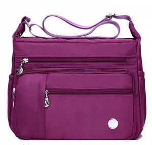 Сумка Нейлоновые сумки и кошельки - это качественные аксессуары с современным дизайном. Уже несколько лет аксессуары из нейлона уверенно вытесняют с полок модных магазинов кожаные сумки и другие сумки