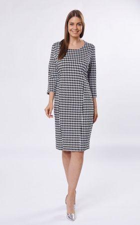 """Платье Принт 2, Элегантное платье фасона """"футляр"""", средней длины и небольшим разрезом сзади. Платье с глубоким полукруглым вырезом горловины, рукавами средней длины. Крой модели с вертикальными строчк"""